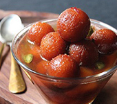 Gulab Jamum (2 per serve)